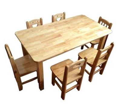 实木学生桌椅